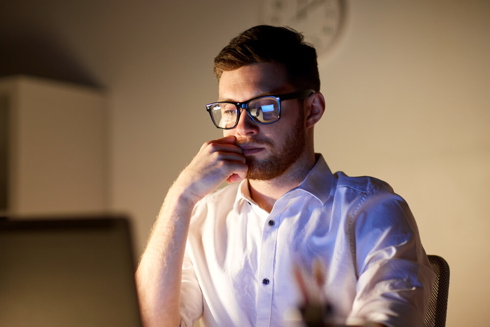 man learning what is internet privacy